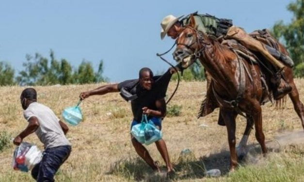 Se registran imágenes de haitianos perseguidos a caballo